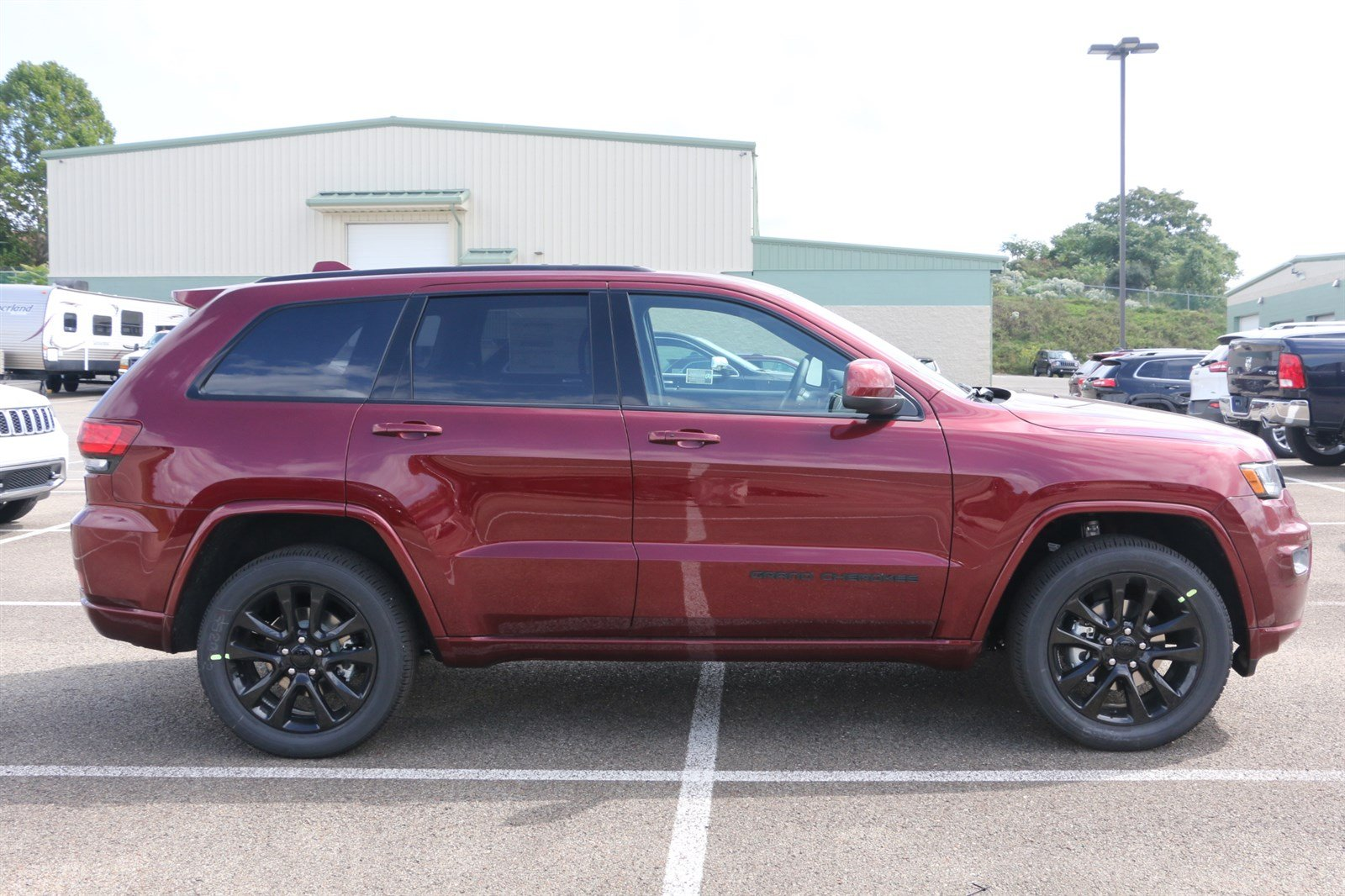 new 2018 jeep grand cherokee altitude sport utility in greensburg