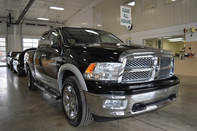 PRE-OWNED 2012 RAM 1500 LARAMIE WITH NAVIGATION & 4WD