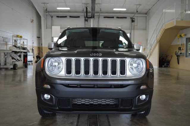 Certified Pre-Owned 2018 Jeep Renegade Limited